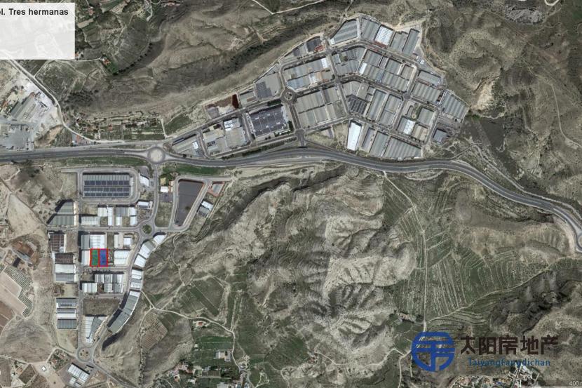 土地工业用地3720平方...