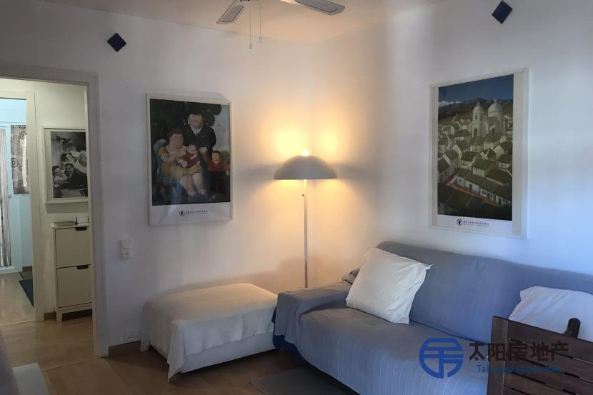 出售位于Cambrils (塔拉戈纳省)市中心的公寓
