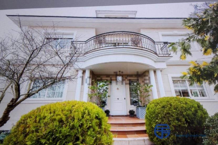 出售位于Las Rozas De Madrid (马德里省)的别墅