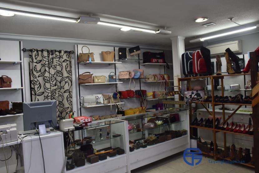 出售位于Puertollano (雷阿尔城省)的商业店铺