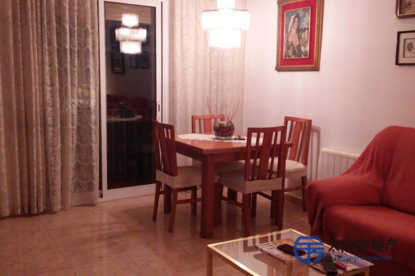 出售位于Sant Feliu De Guixols (赫罗纳省)市中心的公寓