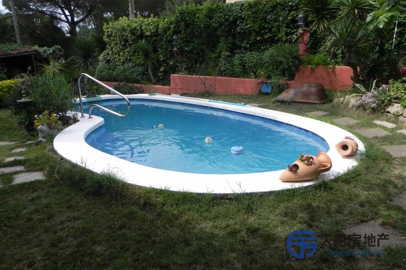 出售位于Santa Cristina D´Aro (赫罗纳省)的别墅
