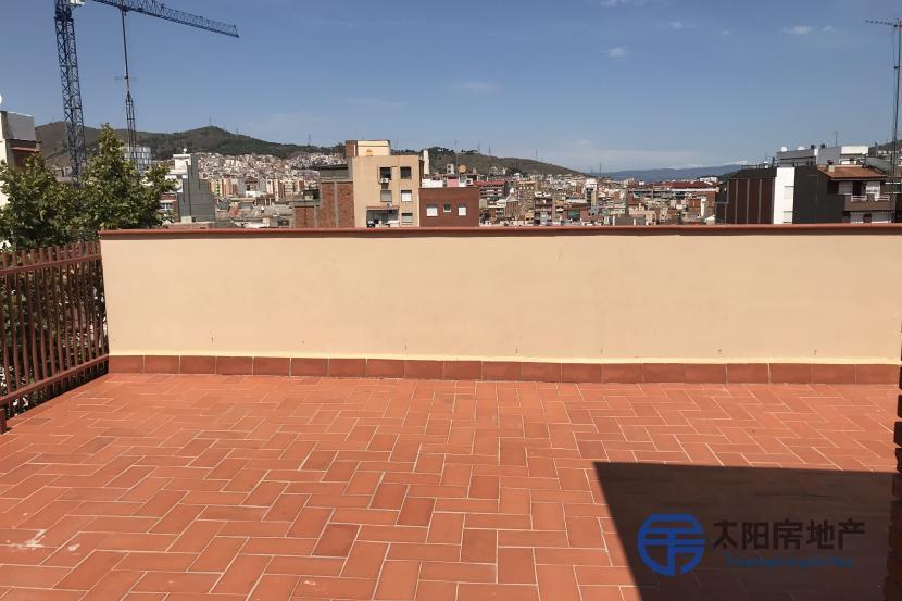 出售位于Barcelona (巴塞罗那省)的阁楼