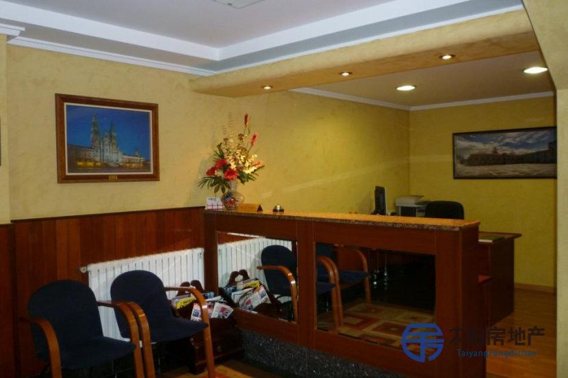 出售位于坎瓦多斯市中心的酒店