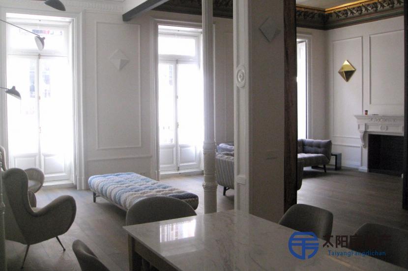 出租位于 (马德里省)市中心的公寓