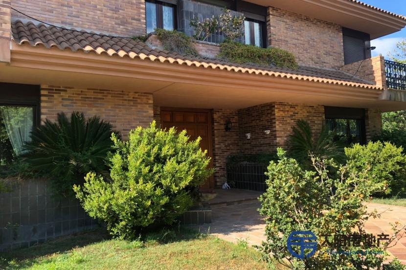 出售位于Pozuelo De Alarcon (马德里省)市外的别墅