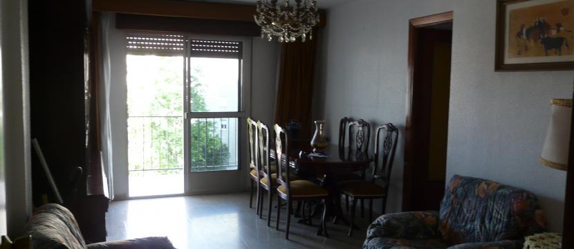 Piso 3 dormitorios bien orientado(Este-Sur), céntrico