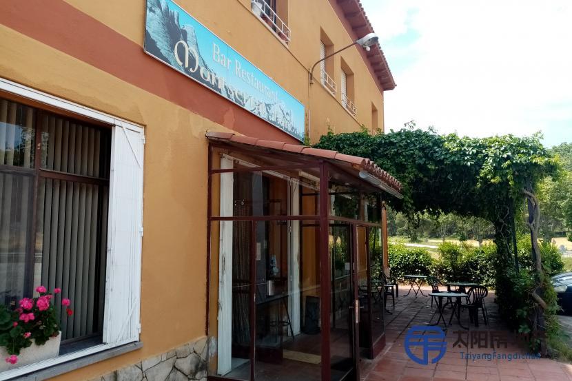 出售位于Collbato (巴塞罗那省)的酒店
