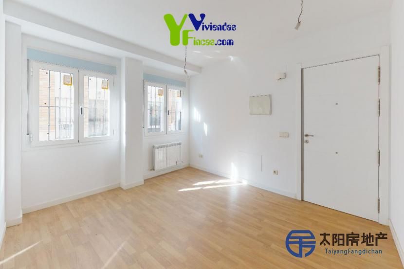 出售位于Valdemorillo (马德里省)市外的公寓