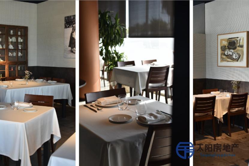 巴塞罗那靠近大海的餐厅...