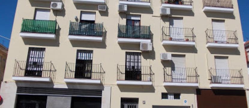 Alquilo piso Plaza de los Angeles Centro en Utrera (Sevilla)