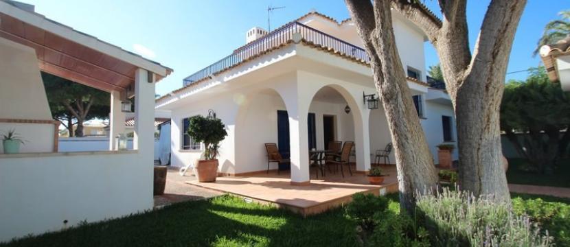 位于Cabo Roig的独立别墅