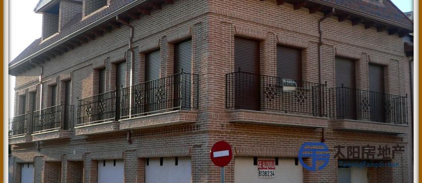 PISO EN RESIDENCIAL PUERTA DE TOLEDO