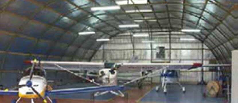 该机场授权使用的飞机为重量不超过5000公斤的短