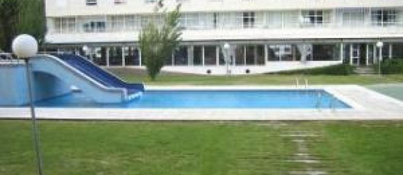 Venta apartamento con piscina en la costa de Girona Estartit