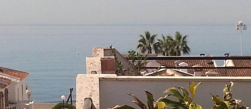 Lovely duplex in Malaga with beach pa