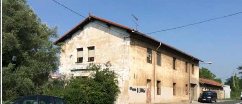 ALQUILER O VENTA (CASONA-PABELLÓN-VIVIENDA) 出租或者销售 (典型乡村大型住房—馆—住房)