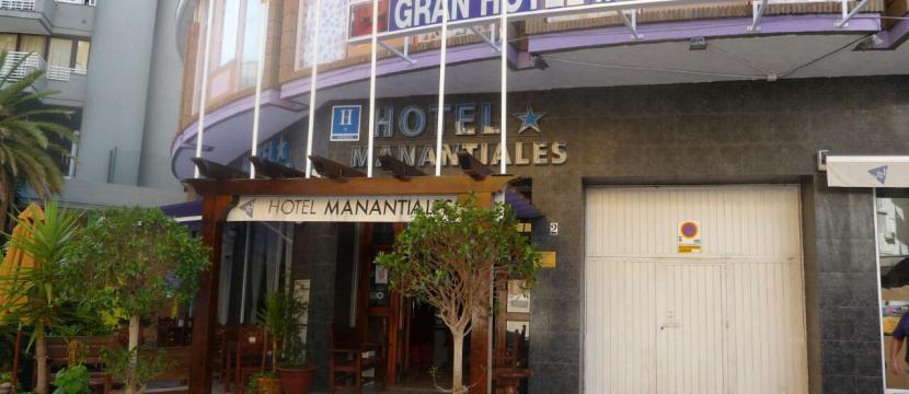 hotel con 19 habitaciones en Torremolinos