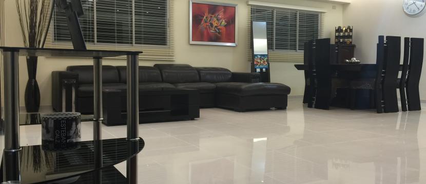 销售位于国家特区Evaristo Morales市中心的单身公寓