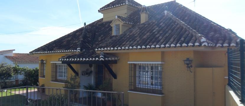 Chalet en Venta en Rincon De La Victoria (Málaga)