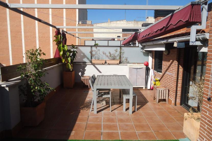 销售位于Badalona (巴塞罗那省)的复式公寓
