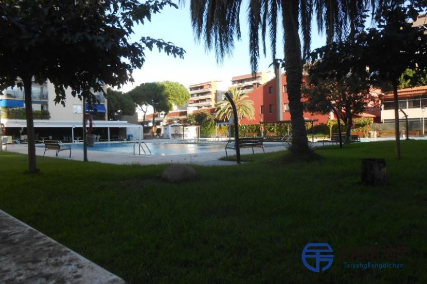 销售位于Vilassar De Mar (巴塞罗那省)的单身公寓