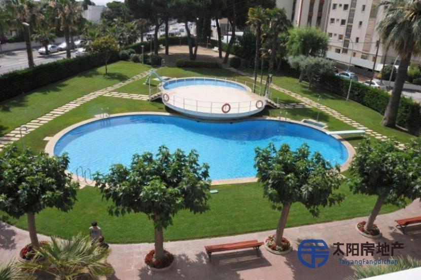 销售位于Vilassar De Mar (巴塞罗那省)的公寓