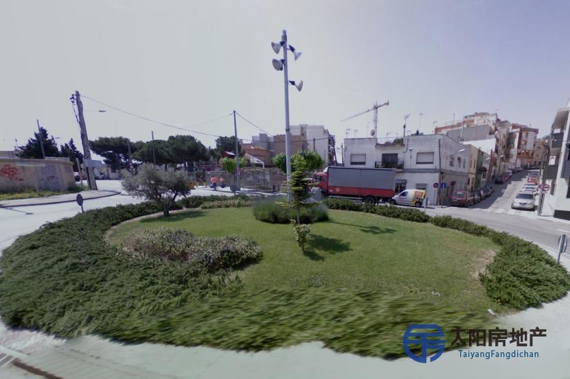 销售位于Montgat (巴塞罗那省)市中心的独立房子