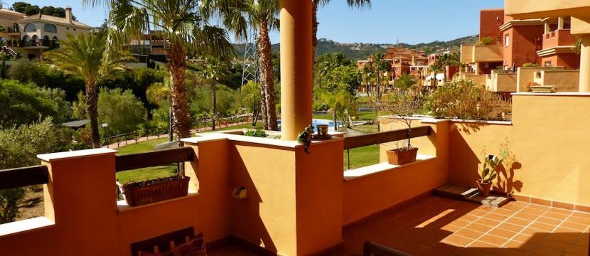 马贝拉市La Reserva区的公寓