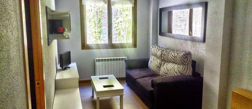 销售位于Canfranc (Estacion) (韦斯卡省)市中心的单身公寓