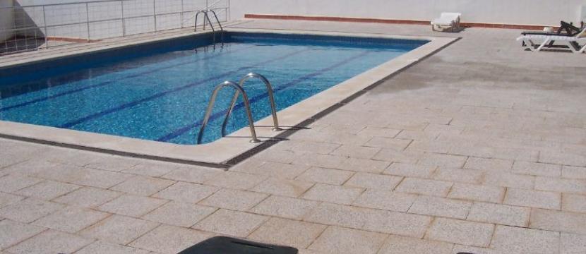 Casa Unifamilar con piscina