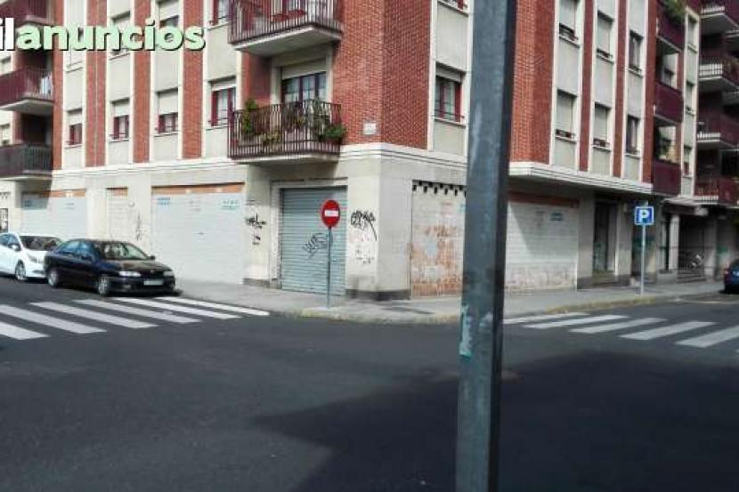 Local Comercial en Alquiler en Leon (León)