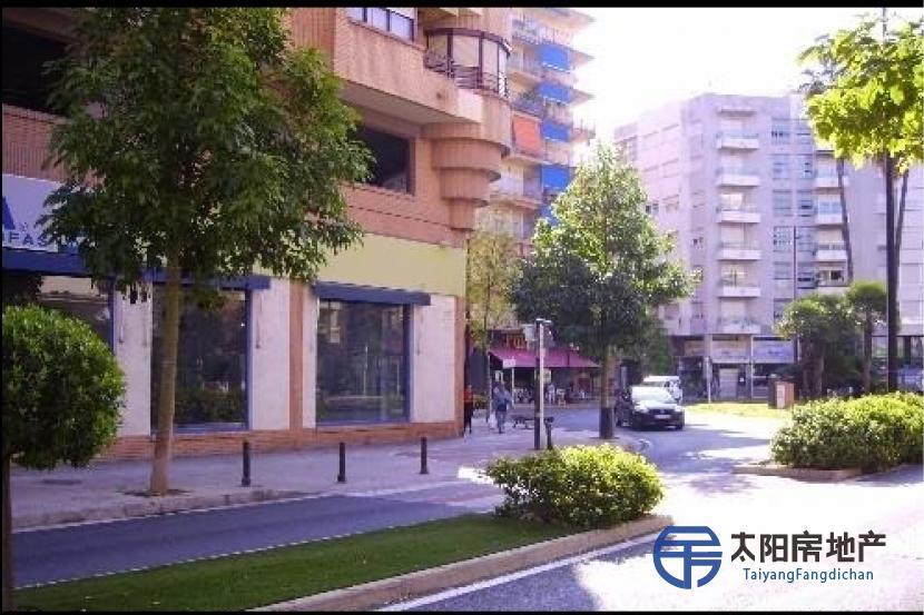 Local Comercial en Alquiler en Gandia (Valencia)